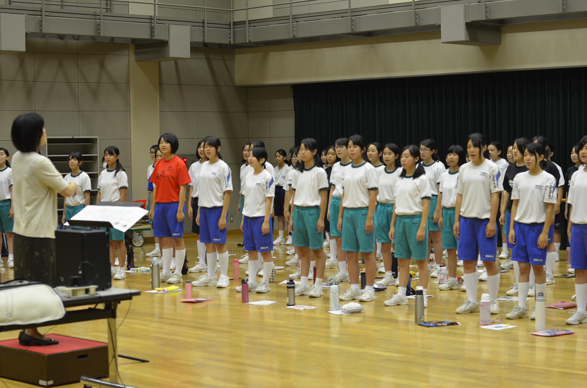 街かどコンサートに小中学校の合唱団が出演いたしました|イベントレポート|浜松市アクトシティ音楽院