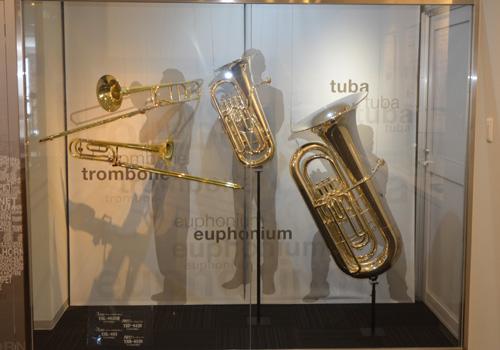 ヤマハの楽器工場見学について質問です!ヤマハ株 …